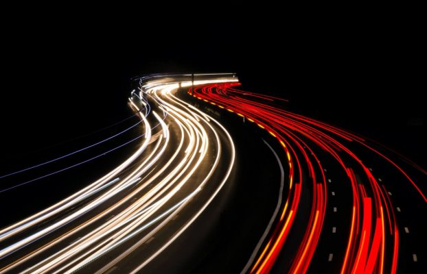 4 Ways to Drive Traffic to Your Website Overnight